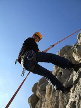 Abseiling off route