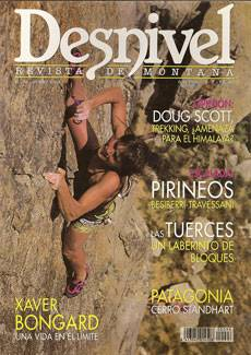 Silvia on cover on Desnivel
